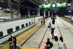 D901次(9/11:北京西-深圳北)~香港トラム88号車