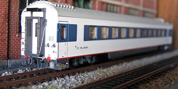 MTC・YW25T白塗装